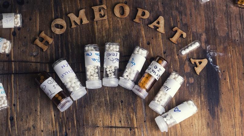 Selbst Ärzte mit homöopathischer Zusatzausbildungen geben zu: Mit Logik kann man Homöopathie nicht erklären. (#01)