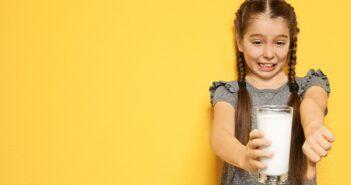 Laktoseintoleranz Symptome: Das müssen Eltern wissen