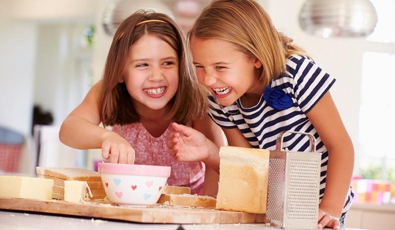 Ein Allergiker muss sich demnach nicht vollständig laktosefrei ernähren, es reicht, wenn er auf eine zu hohe Zufuhr pro Mahlzeit verzichtet. (#02)