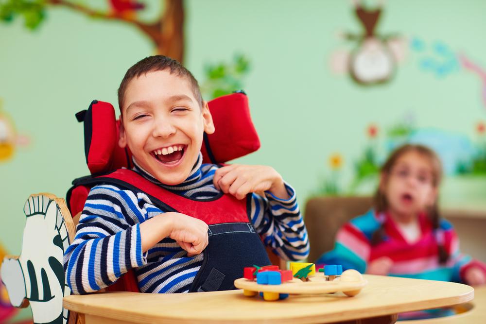 Die Integration der Wachkoma Kinder in den Familienalltag hilft ein Stück weit zur Normalität zurückzukehren. (#2)
