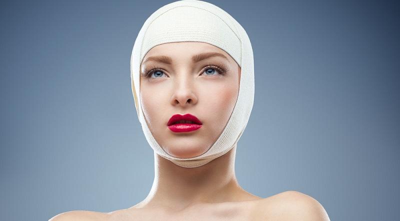 Für die Behandlung von Segelohren gibt es mehrere Möglichkeiten. Bei einem weichen Ohrknorpel ist es möglich, eine reine Nahttechnik zu verwenden. Dabei wird die Haut aufgeschnitten und anschließend so vernäht, dass die gewünschte Form entsteht.