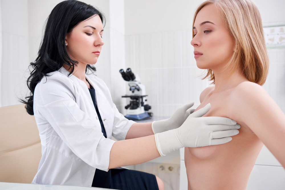 Wenn Sie bereits einmal an Brustkrebs gelitten haben, dann ist die Wahrscheinlichkeit, dass das Mammakarzinom erneut auftritt, deutlich höher als bei der Durchschnittsbevölkerung.