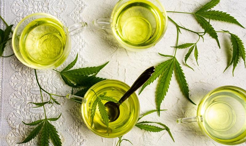 Wer nun einfach Cannabisblüten mit heißem Wasser aufbrüht, wird von der Wirkung gegen Schmerzen enttäuscht sein, denn dieser Cannabistee wird nur verhältnismäßig wenig Wirkstoffe enthalten.