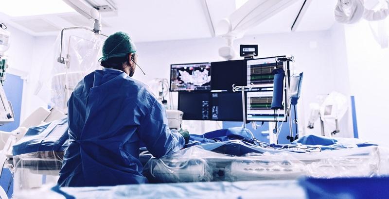Vorhofflimmern: Die Katheterablation ist ein chirurgischer Eingriff bei der Therapie.