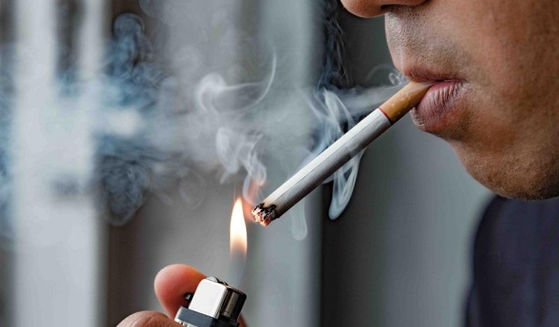 Starke Raucher sind ebenfalls Kandidaten, die an Vorhofflimmern erkranken können.
