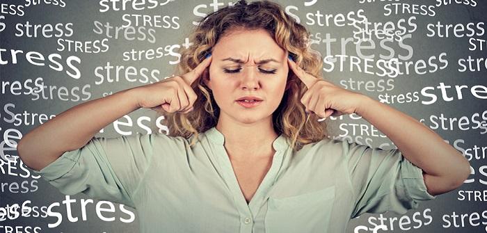 Hautausschlag durch Stress: Ursachen, Behandlung und erste Hilfe ( Foto: Shutterstock- pathdoc)